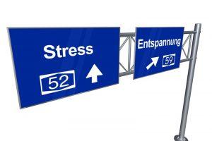 autobahnschild stress entspannung